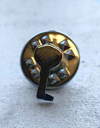 E-2AB ROUND AGED BRASS KEYHOLE ESCUTCHEON ANTIQUE REPRODUCTION + FREE BONUS (SKELETON KEY BADGE)