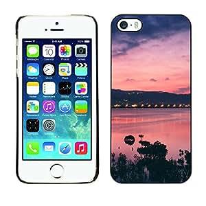 Caucho caso de Shell duro de la cubierta de accesorios de protección BY RAYDREAMMM - Apple iPhone 5 / 5S - Sunset Bay Nature Sea Ocean Purple