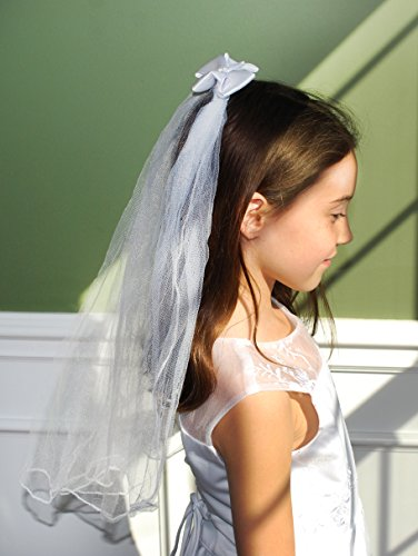 (Beautiful First Communion Veil with Satin Bow and Silver Cross)