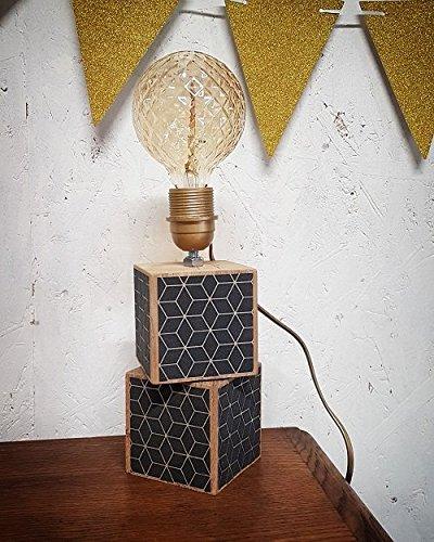 Lampe en bois style scandinave
