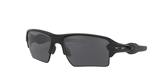 b70b0a9e68 Amazon.com  Oakley Mens Sunglasses Black Grey - Polarized - 59mm ...