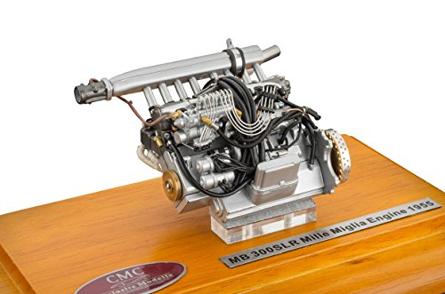 CMC-Classic Model Cars Mercedes-Benz 300 SLR Engine with Showcase