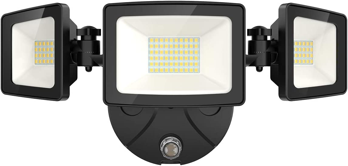 Onforu 50W LED Dusk to Dawn Security Lights, 5000LM Exterior Flood Lights, IP65 Waterproof Outdoor 3 Adjustable Heads Security Lights Fixture, 5000K Daylight White Floodlights for Garage, Patio, Yard