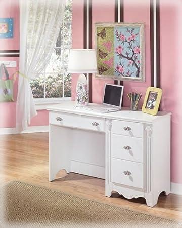 Amazon.com: Ashley Furniture Signature Design - Exquisite Bedroom ...