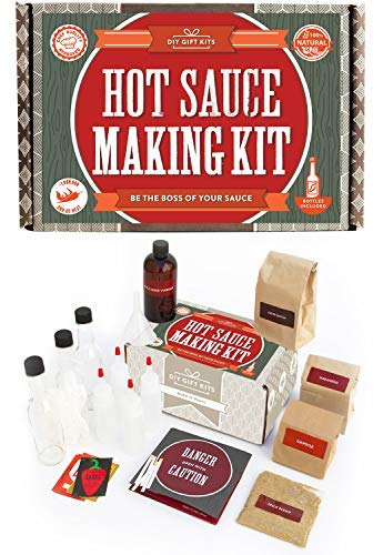Hot Sauce Kit (Makes 7 Lip Smacking Gourmet Bottles) Featuring Heirloom Peppers From 5th Generation Farmers, A Full Set Of Recipes, Storing Bottles & - Make Box Book