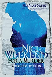 Nice Weekend for a Murder (A Mallory Mystery)