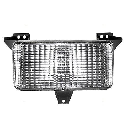 (Park Signal Front Marker Light Lamp Lens Replacement for GMC Chevrolet SUV Pickup Truck 915908 AutoAndArt)