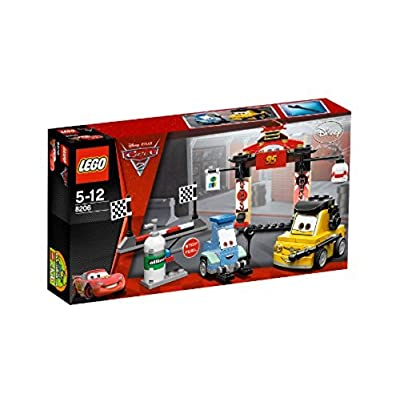 LEGO Cars Tokyo Pit Stop 8206: Toys & Games