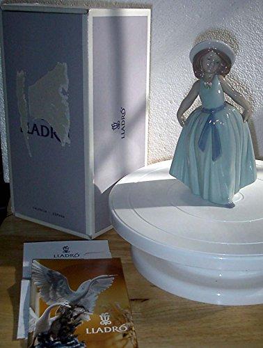 Lladro 06275 Chiquitina Saludo Rose Figurine