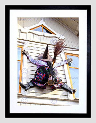 WITCH HALLOWEEN HOUSE CRASH WINDOW BLACK FRAME FRAMED ART PRINT PICTURE B12X8874 -