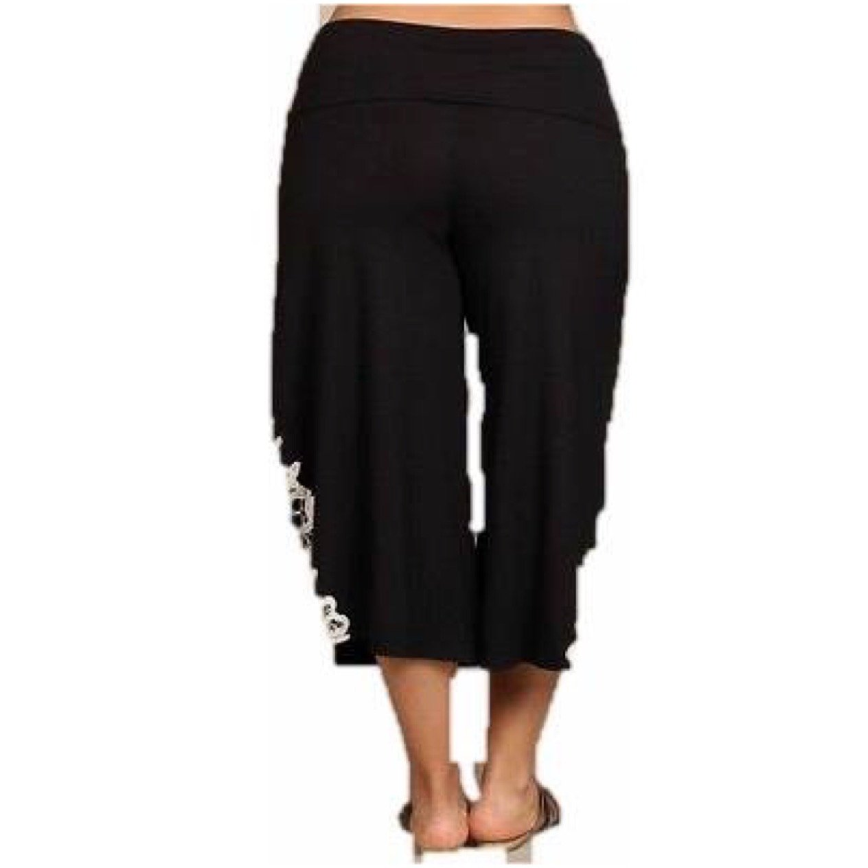 52487b631db Pant Plus Gaucho High Waist 1X 2X 3X Crochet Black Capri Wide Leg Bohemian  Culottes at Amazon Women s Clothing store
