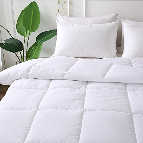 DECROOM White Comforter King Size,Down alternate Quilted Duvet Insert,3M Moisture-wicking Treament,Light Weight very soft and Hypoallergenic for All Season