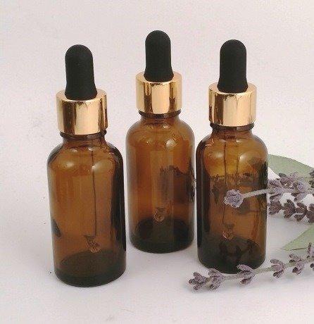 30ml Bernstein Glas Aromatherapie Flasche (3Stück) mit Premium Gold Farbe Glas Pipette Gap. Top Qualität leer Aromatherapie Flasche, perfekt für ätherische Öle, Parfümöle, Reisen Größe Zerstäuber. Parfümöle Avalon Cosmetic Packaging