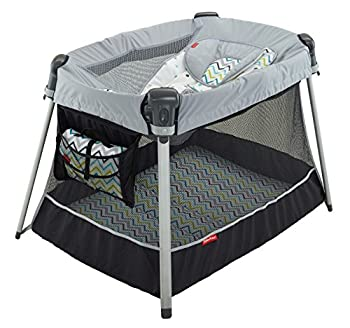 Fisher-price Ultra-lite Day & Night Play Yard 1