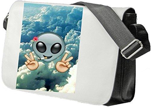 """Schultertasche """"Rauchende Aliendame über Wolken mit Blume und Peace"""" Schultasche, Sidebag, Handtasche, Sporttasche, Fitness, Rucksack, Emoji, Smiley"""