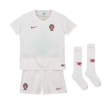 816181b8 Nike 2018-2019 Portugal Away Mini Kit: Amazon.co.uk: Sports & Outdoors