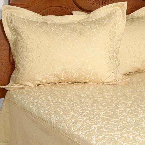 UPC 085989501816, Liz Claiborne Tea Rose Bedspread
