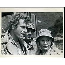 "Wayne Rogers Mclean Stevenson Loretta Swit MASH Original 8x10"" Photo #Z104"
