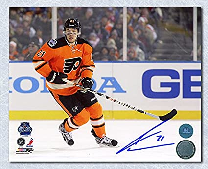 James van Riemsdyk Philadelphia Flyers Signed 2012 Winter Classic 8x10 Photo 7e99d344a