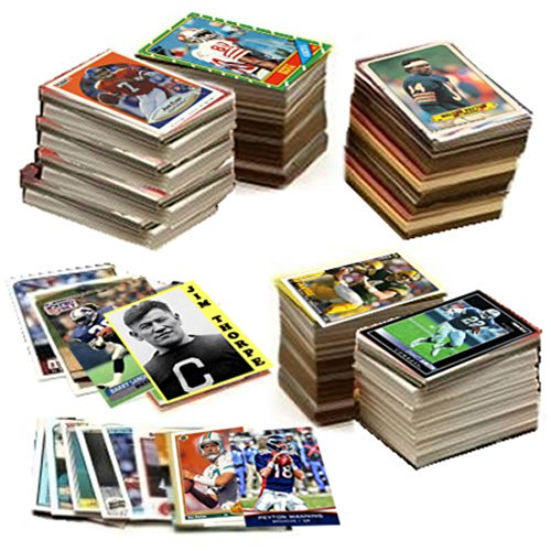 (600 Football Cards Including Rookies, Many Stars, & Hall-of-famers. Ships in New White Box Perfect for Gift Giving. Includes an Unopened Pack of Vintage Football Cards That Is At Least 25 Years Old!)