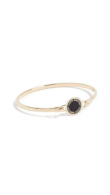 54bedb5d555db Marc Jacobs Women's Enamel Logo Disc Hinge Bracelet, Black/Oro, One Size