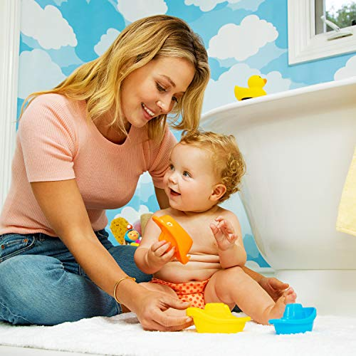 51d350GrCLL - Munchkin Baby's First Bath, 3 Piece Bath Toy Gift Set, Bath Gift Set