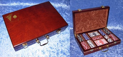 Case With 2 Playing Cards And Chips Set (Pocker Chips)