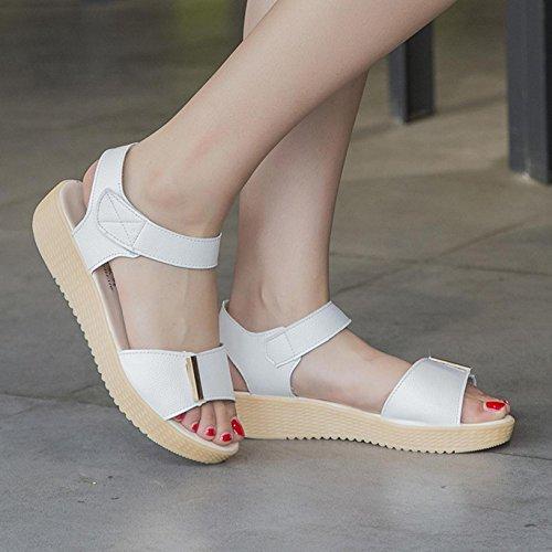 Sandalias de mujer, Internet Sandalias caseras del verano de las mujeres calzan los zapatos de la playa Blanco