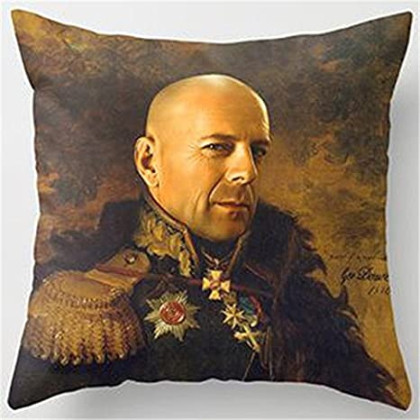 J.T.Hatched Bruce Willis - Funda de cojín vertical: Amazon ...