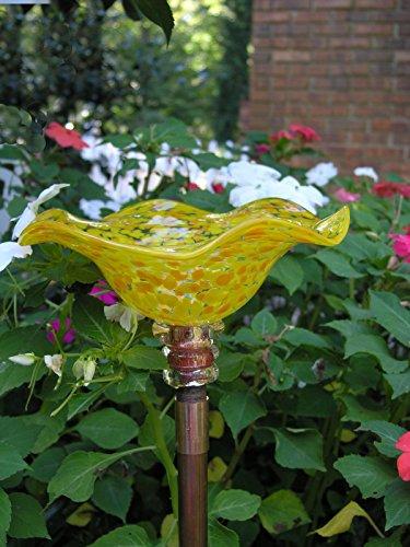 36 구리 지분을 가진 노란색 손으로 날린 유리 나비 피더를 발견했습니다./Spotted Yellow Hand Blown Glass Butterfly Feeder with 36  Copper Stake