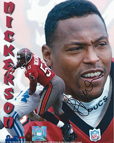 Hardy Nickerson Hand Signed / Autographed Tampa Bay Buccaneers/Bucs 8 x 10 Photo