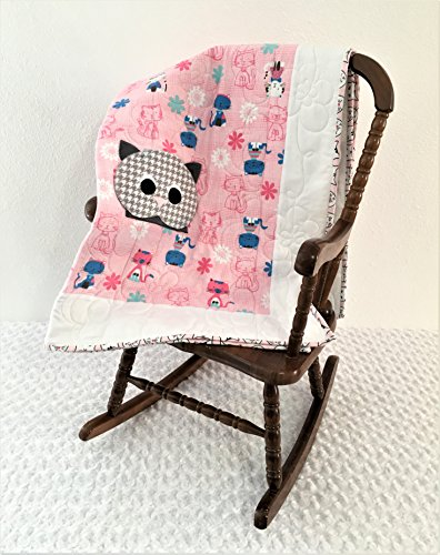 Small Pink Cat Applique Quilt