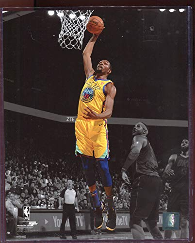 (Officially Licensed Kevin Durant Golden State Warriors Dunk 8x10 Photo with Toploader)