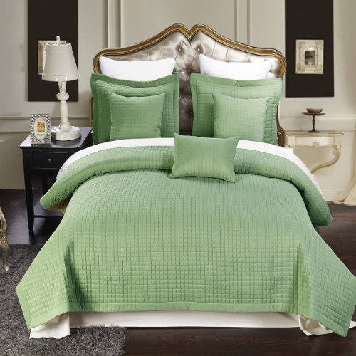 UPC 825624683404, Full / Queen size Sage Coverlet 3pc set, Luxury Microfiber Checkered Quilt by Royal Hotel