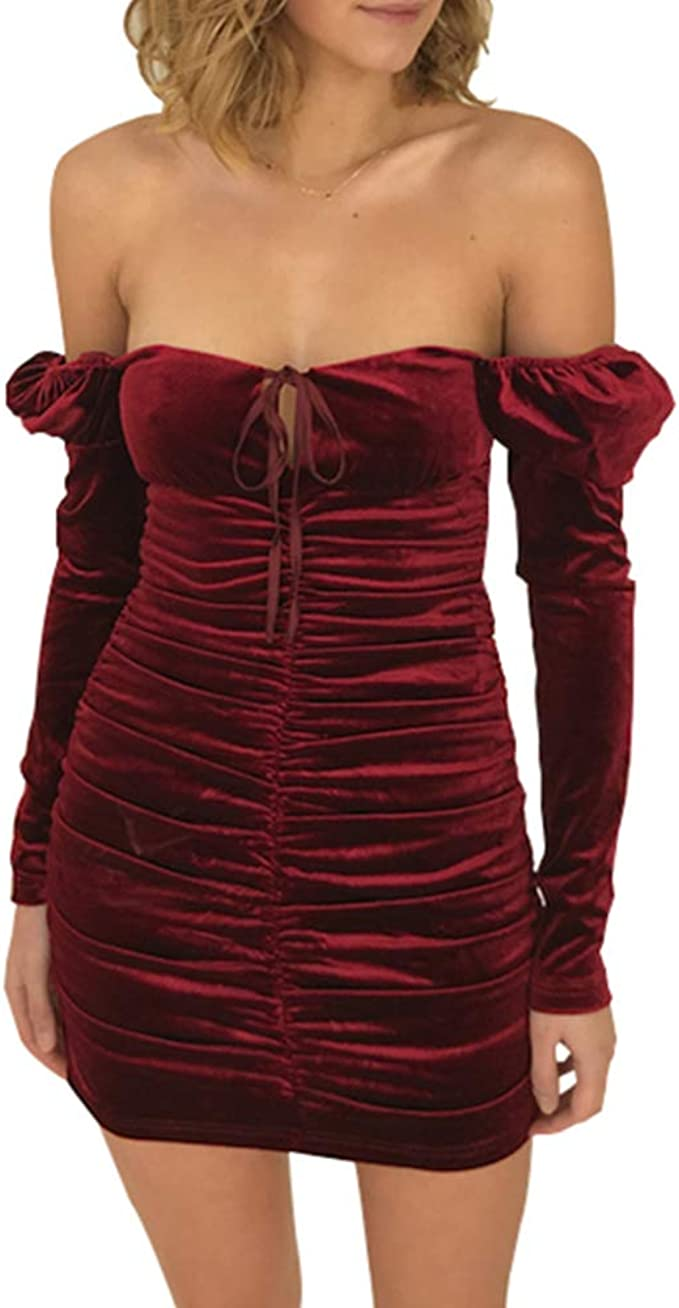 Bumpy Road Kurzes Kleid aus rotem Samt mit quadratischem Kragen ...