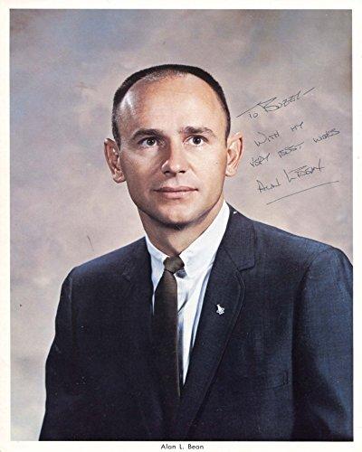 APOLLO 12 ASTRONAUT Alan Bean autograph, signed NASA photo (Autograph Bean Alan)