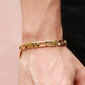 Men Gold Personalized Cuban Link Bracelet 18K Gold Plated Stainless Steel Figora Classic Hip Hop Wrist Bracelet Chain Bracelet for Men