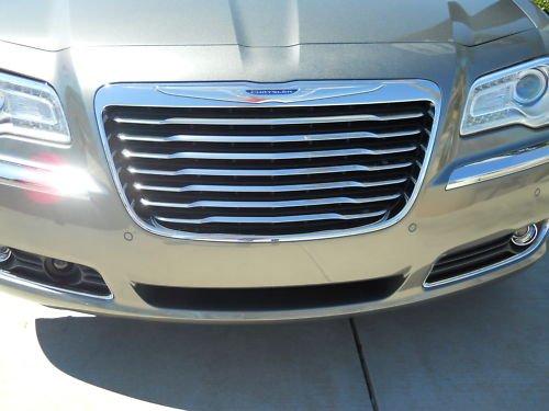 Genuine Chrysler 82212555 Grille