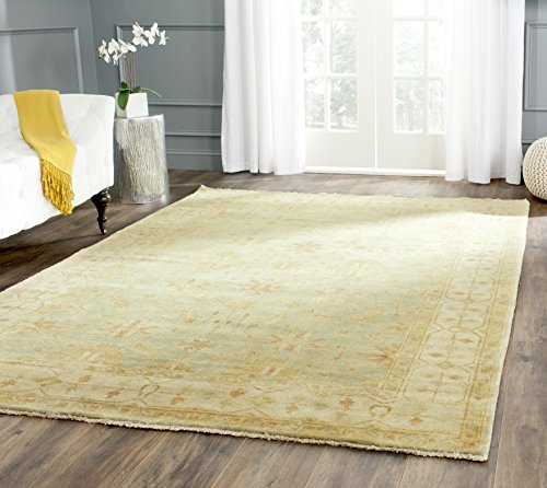 Safavieh Oushak Collection OSH141A Hand-Knotted Soft Green and Ivory Wool Area Rug (4' x 6')