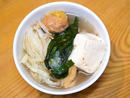 (Sumo Soup: Living Large with Chanko Nabe)