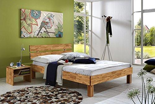 SAM® Massiv-Holzbett Julia in Wildeiche geölt, 140 x 200 cm, Bett mit geteiltem Kopfteil, natürliche Maserung, massive widerstandsfähige Oberfläche in warmem Braunton