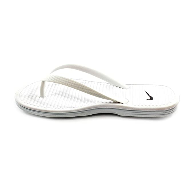 brand new 461e8 e4d59 Nike Wmns Solarsoft Thong 2, Chanclas para Mujer  Amazon.es  Zapatos y  complementos