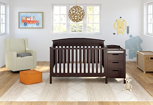 Graco Benton 5-in-1 Convertible Crib 2