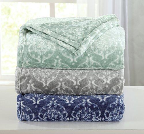 Cheap  Kingston Collection Ultra Velvet Plush All-Season Super Soft Printed Luxury Bed Blanket...