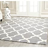 Safavieh Cambridge Collection CAM121D Handmade Silver and Ivory Wool Square Area Rug, 4 feet Square (4' Square)
