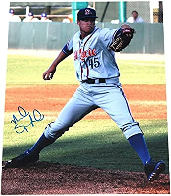 Noah Syndergaard Signed 11x14 Photo New York Mets Autograph COA