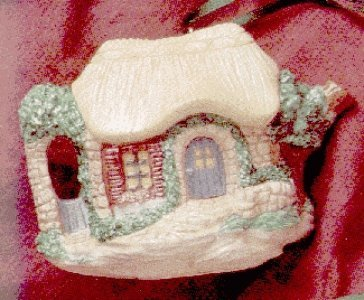 QK1127 Cozy Cottage Teapot Invitation to Tea 1995 Hallmark Showcase Ornament -