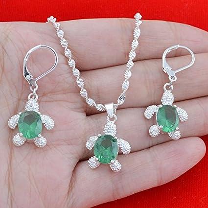 37ed5edbff4 Amazon.com  suchadaluckyshop 925 Silver Emerald Tortoise Pendant ...