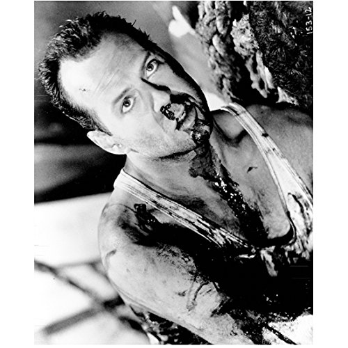 Bruce Willis 8x10 Photo Die Hard Moonlightling A Good Day to Die Hard black & white bloody DC (A Good Day To Die Hard Actress)