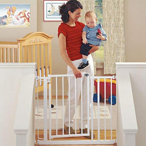 North States 38.75″ Wide Auto-Close Baby Gate: Automatic close and lock gate. Pressure or hardware mount. Fits 29.5″-38.75″ wide (30″ tall, Soft White)